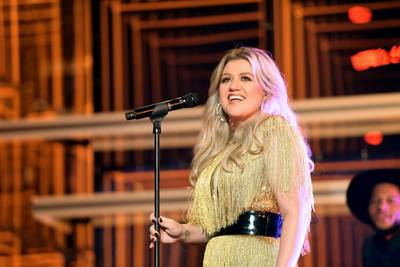 Kelly Clarkson Files For Divorce From Husband After Seven Years